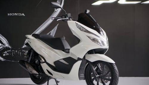 Foto Skutik Premium Honda PCX Hybrid Mulai Dipasarkan