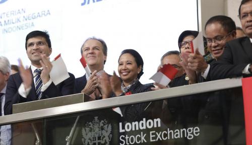 Foto Komodo Bond Resmi Listed di London Stock Exchange