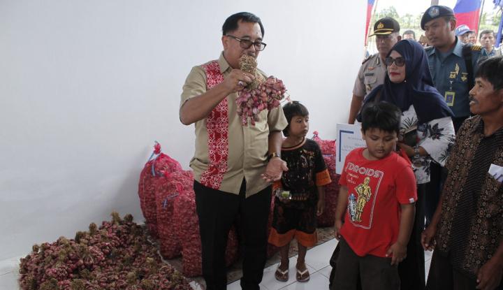 Foto Bulog Kaltimra Jajaki Bawang Merah Lokal Balikpapan dan PPU