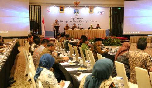 Foto Tim TPAKD Jatim Percepat Akses Keuangan Daerah