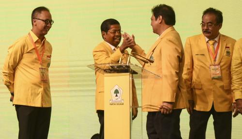 Foto Munaslub Putuskan Buka Pendaftaran Pesaing Airlangga