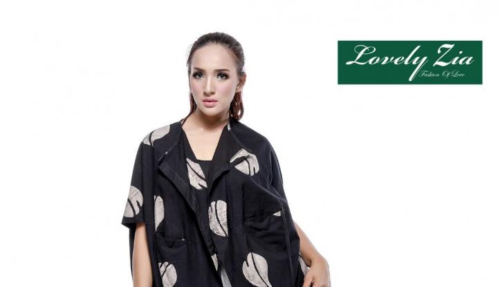 Foto Berita Berbisnis Fashion dengan Mengubah Image Batik yang Kuno Jadi Modern
