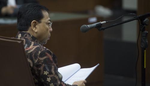 Foto Sambil Terbata-bata, Novanto Tak Tahu Soal Jatah DPR