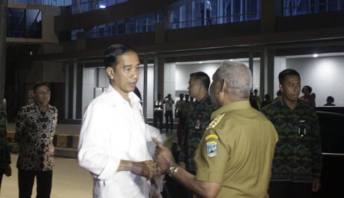 Foto Jokowi: Pelabuhan Nabire Cocok untuk Bisnis
