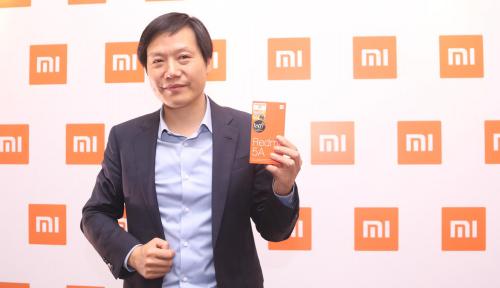 Foto Bak Jilat Ludah Sendiri, Bos Xiaomi Tercyduk Pakai iPhone, Netizen: Pengkhianat!