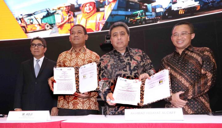 Foto Berita Anak Usaha IPC Gandeng Prima Indonesia Logistik Kelola Pelabuhan Batu Ampar