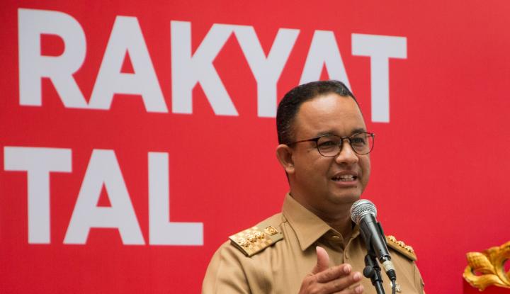 Foto Berita Anies Resmikan RTH Lapangan Banteng