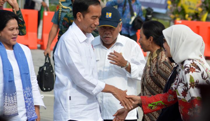 Foto Berita Lagi, Jokowi Resmikan SPBU BBM Satu Harga di Pontianak