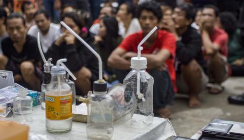 Foto Mantan Kapolsek Kebayoran Baru Jadi Tersangka Narkoba