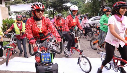 Foto Gowes Teken Kontrak dengan Dua Produsen E-Scooter Asal China