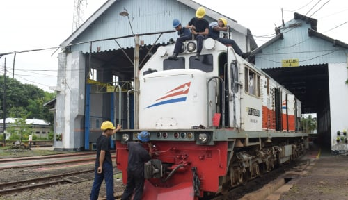 Foto KAI Perpanjang Operasional Kereta Tambahan