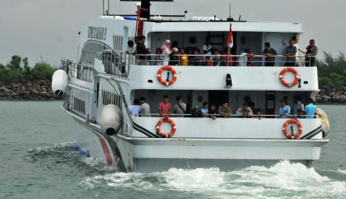 Foto Tidak Ada Korban Jiwa dalam Peristiwa Kapal Kandas di Tanjung Api-Api