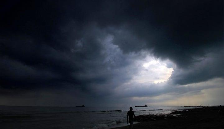 Foto Berita 22 Orang Tewas Akibat Angin Topan Tropis
