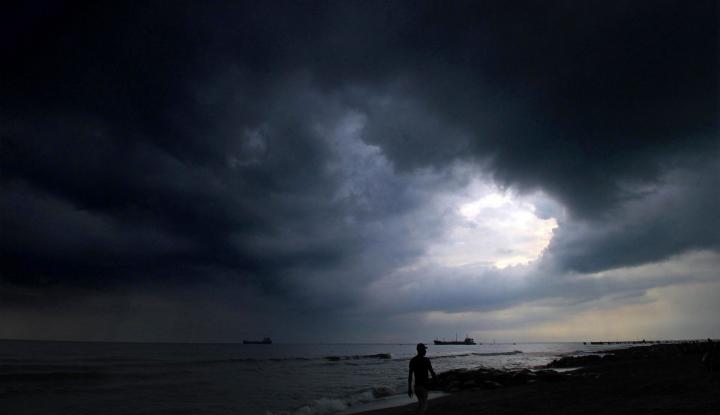 22 Orang Tewas Akibat Angin Topan Tropis - Warta Ekonomi