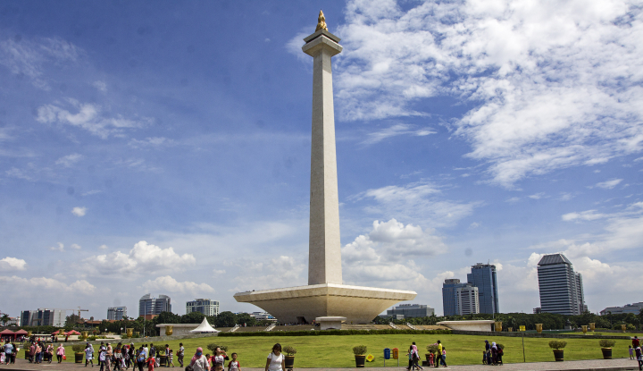 Foto Berita Menteri Basuki dan Wagub Sandi Bahas Infrastruktur Jakarta