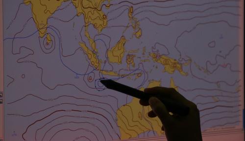 Foto BMKG Perkirakan Gelombang Laut Perairan Lampung Capai 1,5 Meter