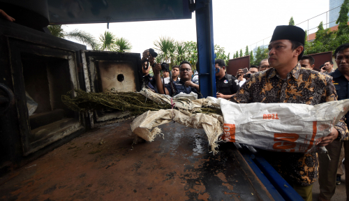 Foto BNN Musnahkan Ratusan Gram Sabu-Sabu