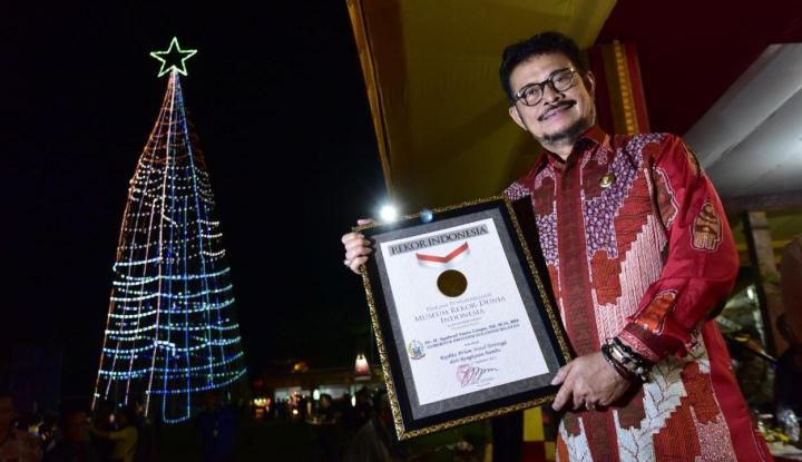 Foto Berita Pohon Natal Bambu di Daerah Ini Pecahkan Rekor MURI