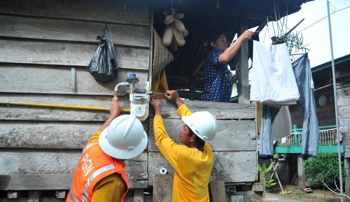 Foto Berita PGN Biayai 2000 Sambungan Listrik di Bogor