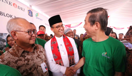 Foto Anies Led Tegal Amba River Cleaning