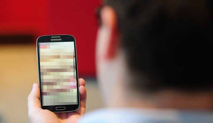 Menteri Perekonomian Angkat Suara Soal Skandal Video Porno Sesama Jenis - Warta Ekonomi