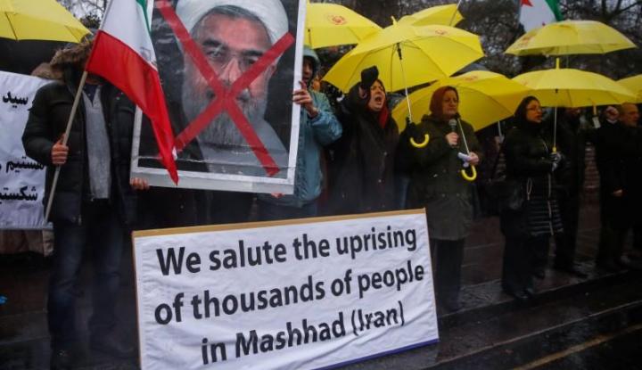 Aksi Demonstrasi di Iran Tewaskan 13 Orang