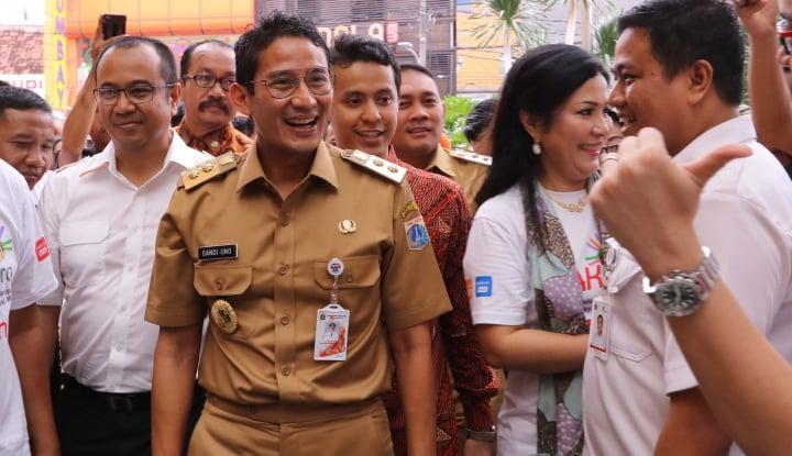 Foto Berita Laporan Qlue Turun, Sandi: Gubernur dan Wakil Jaman Now