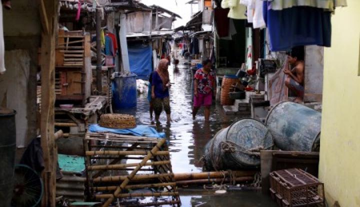 Foto Berita DPRD Surabaya Wacanakan Relokasi Warga di Pemukiman Kumuh