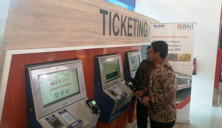 Foto Berita BNI Hadirkan Layanan Money Changer di Stasiun BNI City