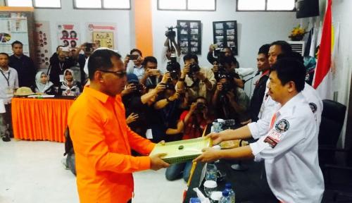 Foto Hari Pertama, Petahana Wali Kota Makassar Daftar ke KPU