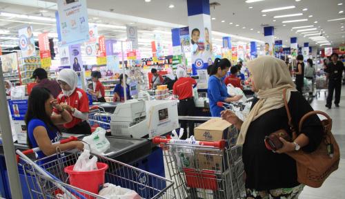 Foto Penjualan Eceran Terkontraksi 1,8 Persen