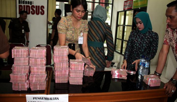 Foto Berita Urus Sertifikat Minta Rp45 Juta, Saber Pungli Sikat Pegawai Honorer