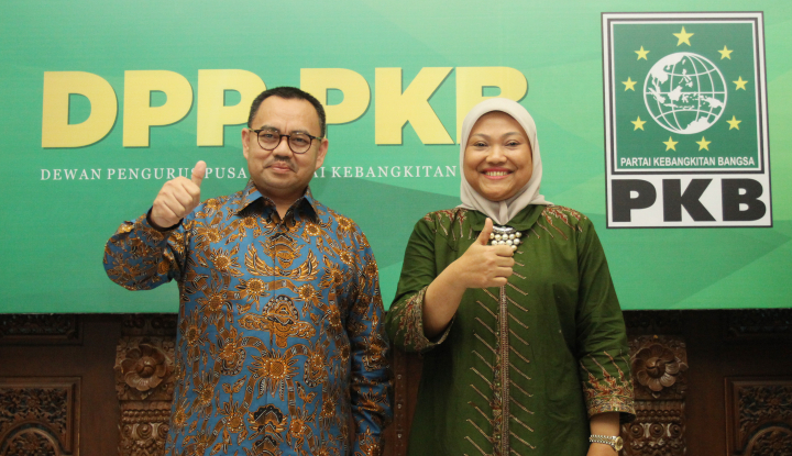 Foto Berita Sudirman Said-Ida Fauziah Resmi Mendaftar di KPUD Jateng