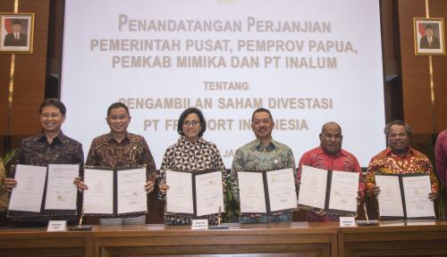 Foto Bupati Mimika: Papua Juga Terima Dividen Freeport