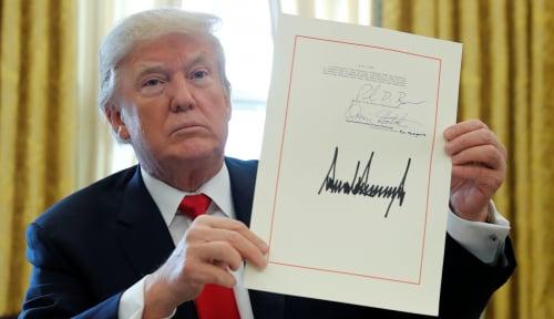 Foto Trump Putuskan AS Keluar dari Kesepakatan Nuklir Iran