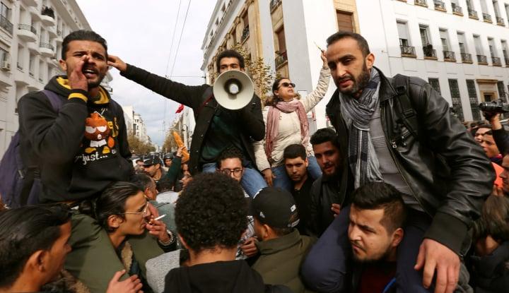 Foto Berita Pasca-Demonstrasi, Tunisia Akan Tingkatkan Bantuan ke Warga Miskin