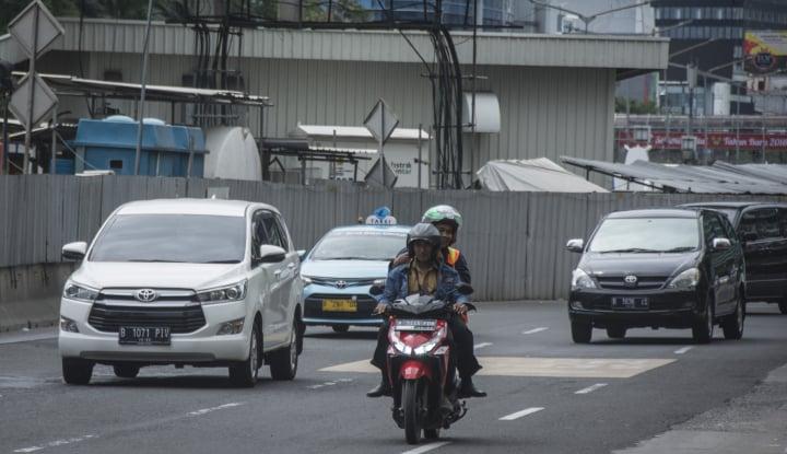 Foto Berita Kemenhub Tagih Kominfo Soal Taksi Daring