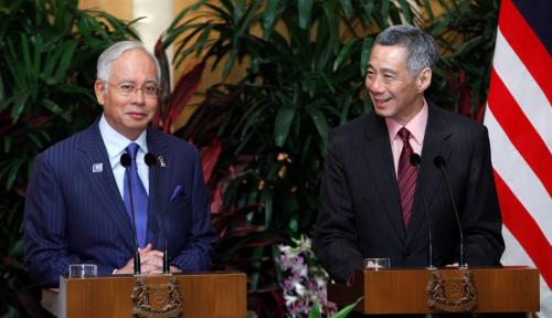 Foto Najib Razak Kritisi Hubungan Malaysia-Singapura Semasa Mahathir Mohamad