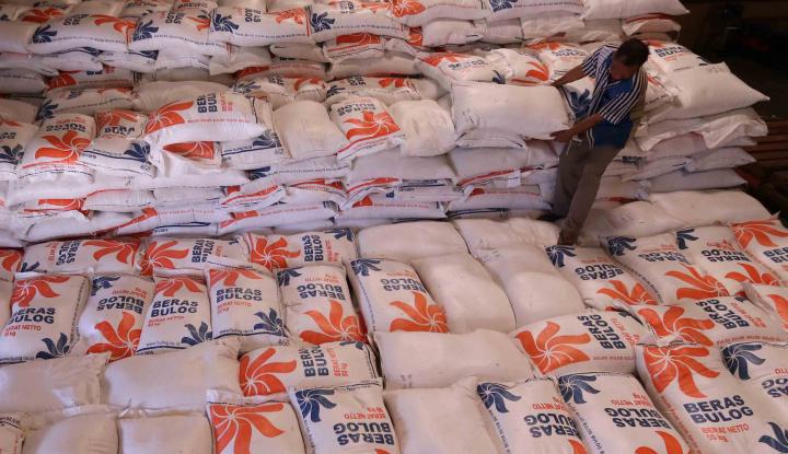 Foto Berita Gelar OP-CBP, Bulog Riau Jual 3.000 Ton Beras