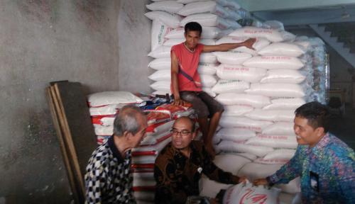 Foto Tingginya Harga Beras, KPPU Medan Sidak Pasar
