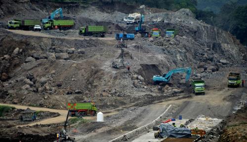 Foto Terkena Kasus Suap, Proyek PLTU Riau 1 Dihentikan Sementara