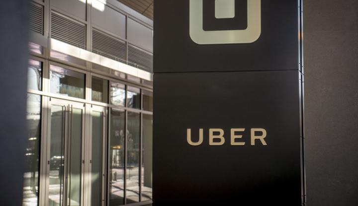 Foto Berita Transportasi Online Bikin Pedagang Mobil Bekas Untung