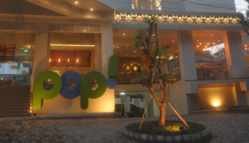 Foto Tauzia Buka 2 POP! Hotel di Jawa Tengah