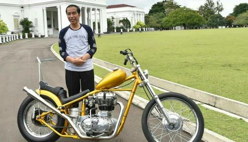 Foto Jokowi: Motor Custom Siap Dikendarai