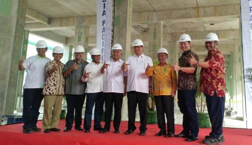 Foto Menperin Lakukan Kunjungan ke Pabrik Rayon APR