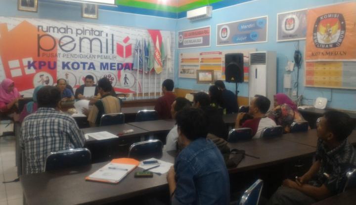 Foto Berita KPU Medan Lakukan Coklit Data Pemilih