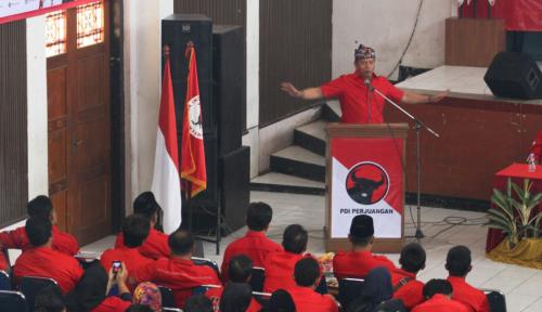 Foto Cagub PDIP: Partai Hebat itu Memiliki Sayap Kuat