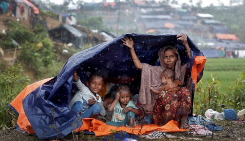Foto Melihat Kondisi Rohingya di Bangladesh, Menteri Myanmar