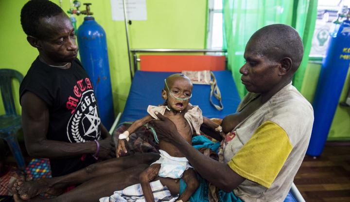 Foto Berita Mensos: Gizi Buruk Suku Asmat Sudah Diatasi