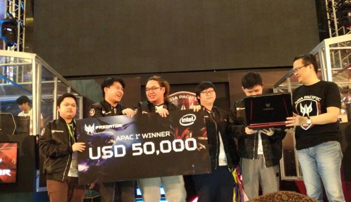 Foto Berita Geek Fam Bawa Pulang Gelar Juara Asia Pacific Predator League 2018